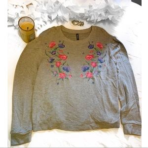 Massini Floral Embroidered Sweater Size-Large
